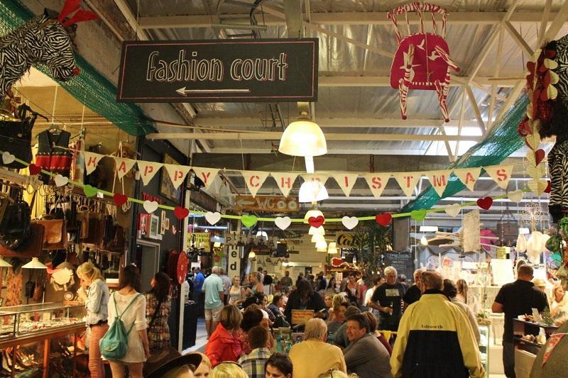 Compras em Waterfront Craft Market na Cidade do Cabo